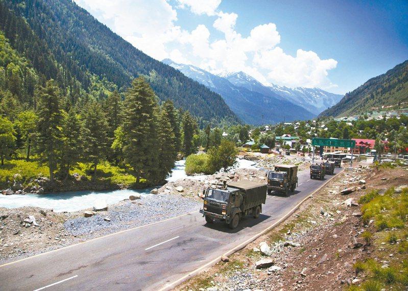 中國大陸與印度近來在邊境爆發軍事衝突,死傷為逾40年來最慘重。 (美聯社)