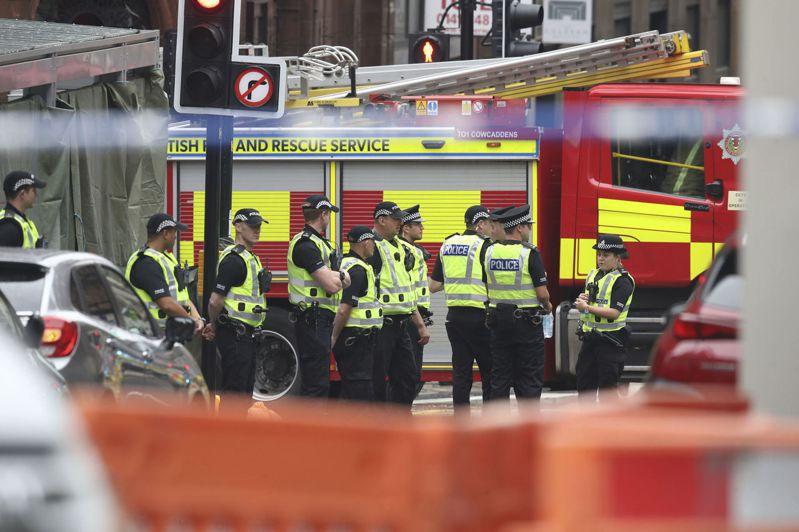 蘇格蘭最大城市格拉斯哥市中心驚傳隨機刺人事件,已知有3人死亡,男性嫌犯遭警方擊斃。 美聯社