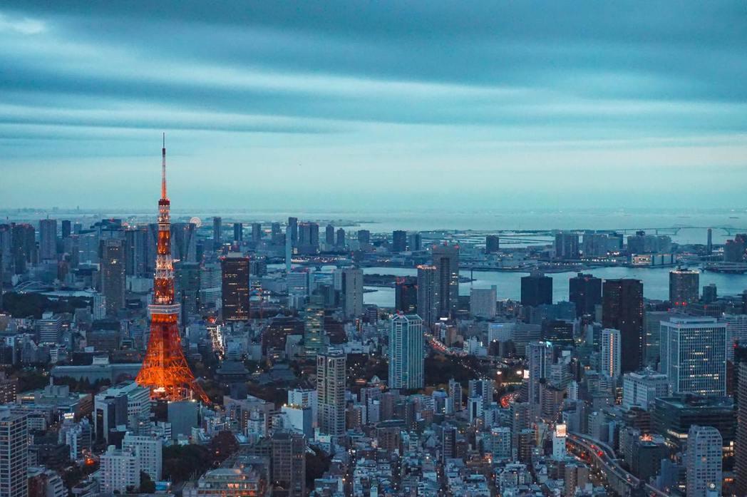 對我來說,東京早已不只是一個旅遊消費的城市,更像一個呈現人類繽紛文明的混融平台。...