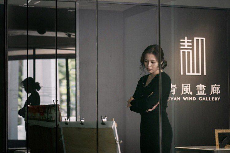 劉品言在「惡之畫」裡面飾演心思複雜的畫廊老闆娘。圖/台北電影節提供