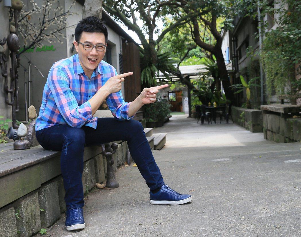 蔣偉文下個月即將辦插畫展。記者潘俊宏/攝影