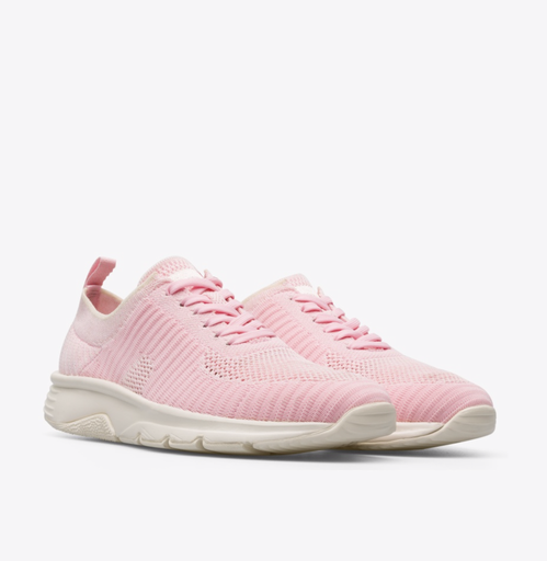Drift粉紅色編織休閒鞋。圖/CAMPER提供