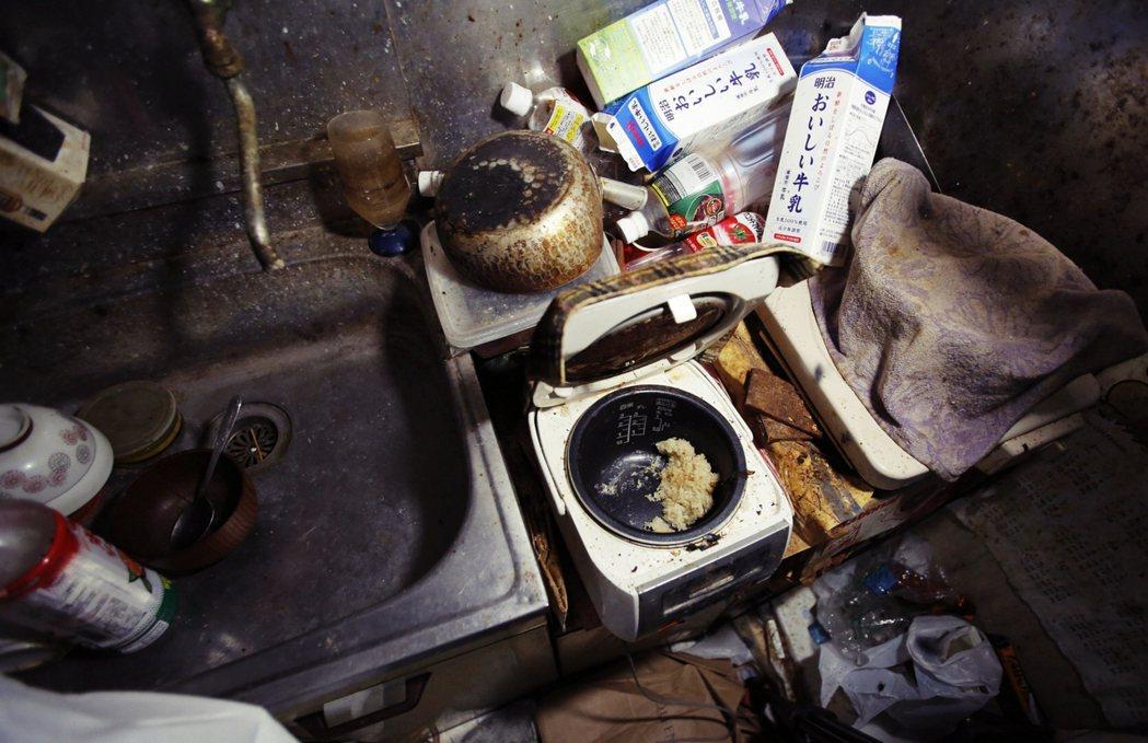 以JSCA特掃隊提供的孤獨死相關清潔服務為例,分為六大項目:孤獨死房間清掃、遺物...