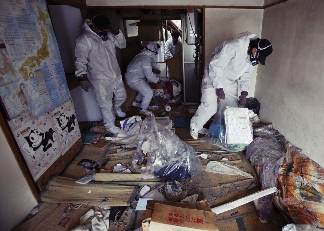 依照孤獨死或在宅死的現場狀況不同,清潔費用與作業時間也會有不小的差異。以日本特掃...