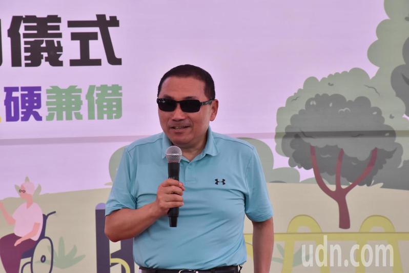 新北市長侯友宜表示,假期後兩天北上車潮與觀光人潮越來越多,他已要求加強管控。記者江婉儀/攝影