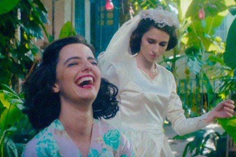 巴西2位女星尤莉亞史托克(Julia Stockler)與卡蘿杜瓦茲(Carol Duarte),近來因在電影「被遺忘的人生」(The Invisible Life)飾演一對命運坎坷姊妹花而爆紅國際...