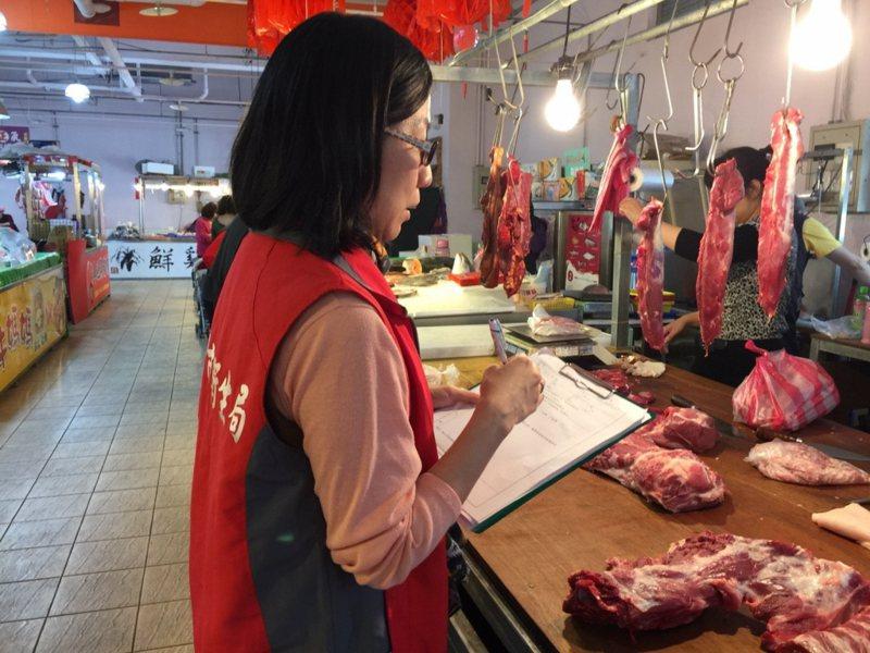肉品從屠宰場出場後,為避免非傷寒性沙門氏菌造成感染,建議選擇冷鏈保存豬肉,並注意烹煮避免交叉汙染。圖/聯合報系資料照片