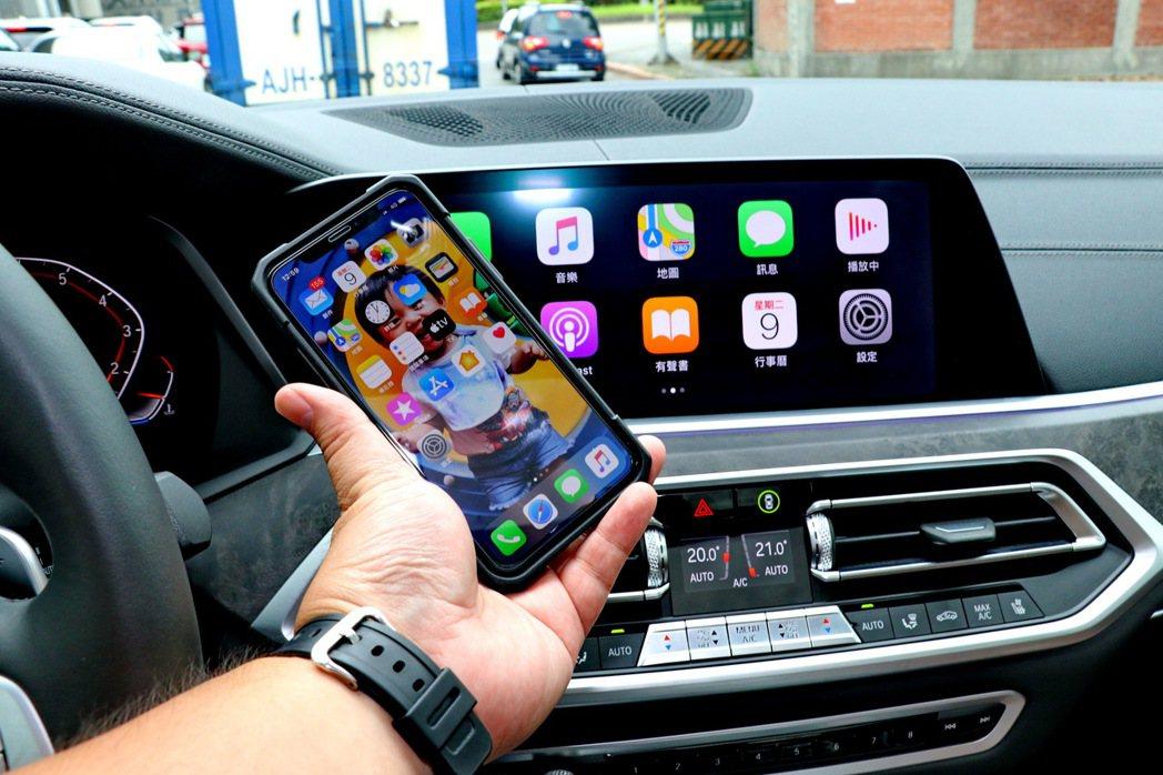 無線Apple CarPlay功能。 記者陳威任/攝影