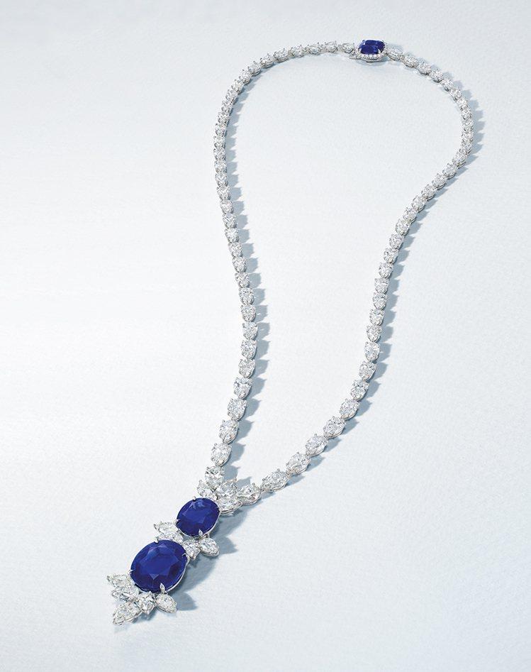 佳士得呈獻12.81 及 6.50 克拉喀什米爾天然藍寶石及鑽石項鍊,估價約60...