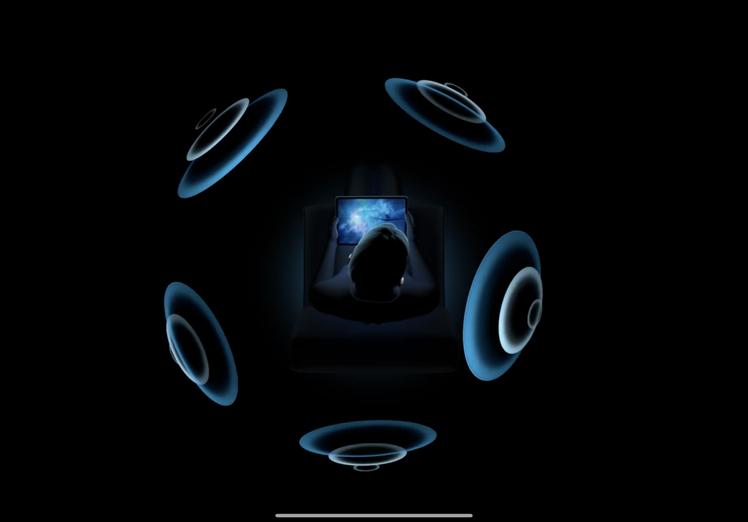針對AirPods Pro推出的「Spatial Audio空間音效」功能,能隨...