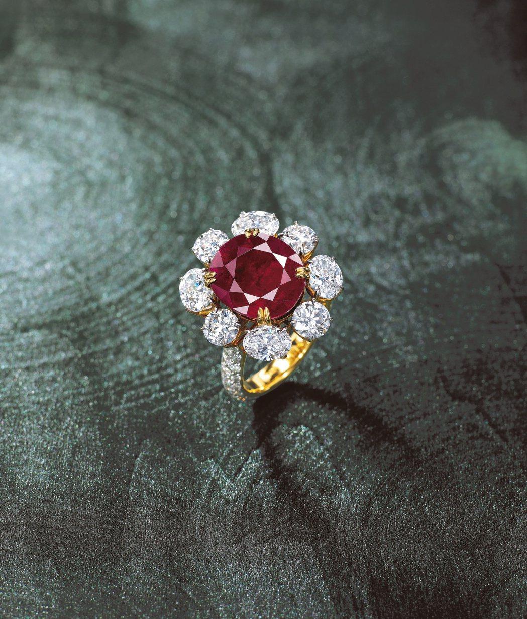 稀有的8.57克拉天然緬甸抹谷未經加熱,紅寶石配鑽石戒指,HK$1,280,00...