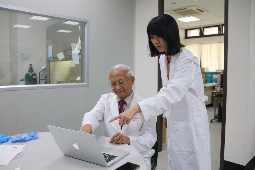 弘光生科系助理教授賴易成(左)和團隊發現「異鼠李素葡萄糖苷」具輻射保護作用。 弘...