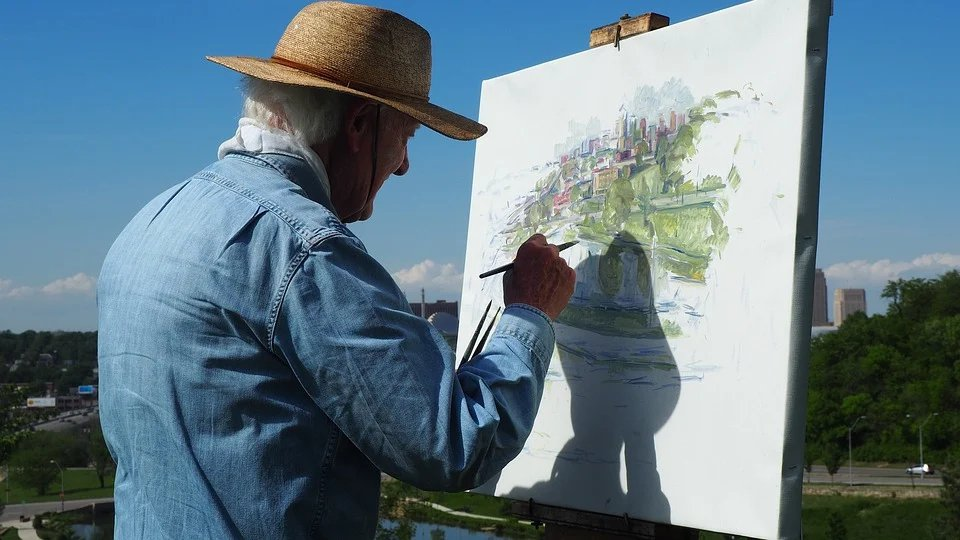退休之前,我們靠「職業」維生,退休之後,必須靠「興趣」維生。 圖/pixabay
