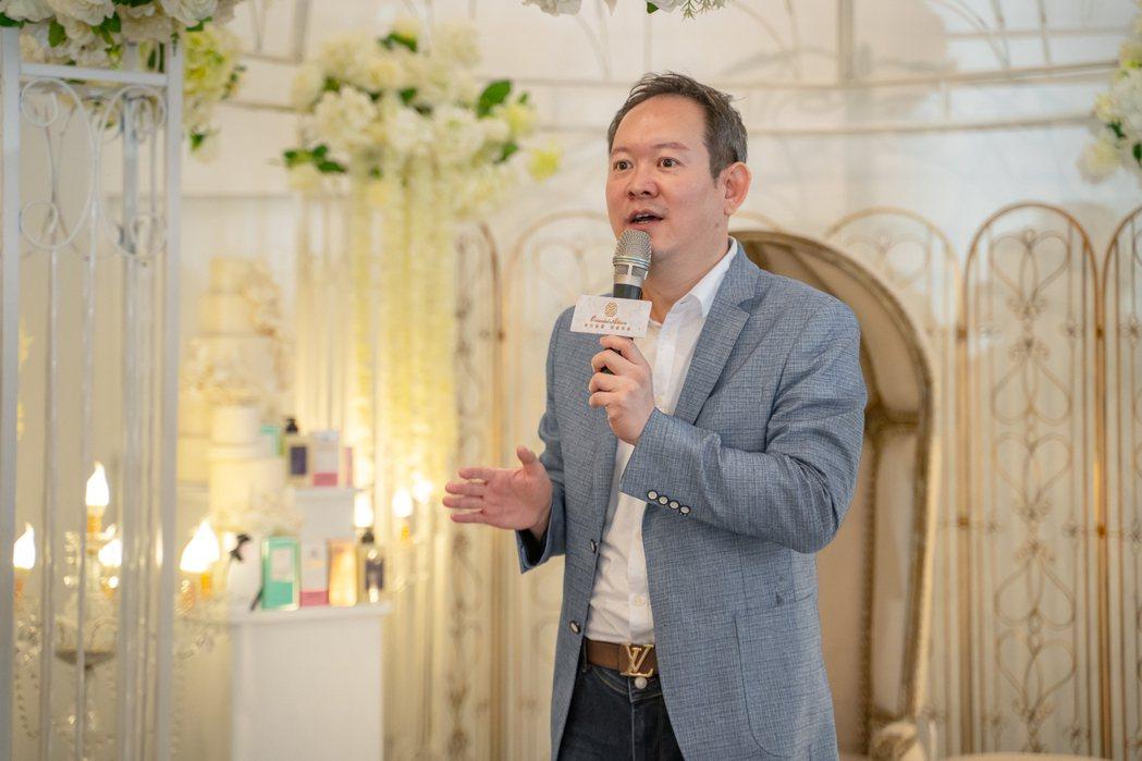 『東方魅麗有機呵護』創辦人郭鎮豪教授,是2019第31屆、2020第32屆亞洲小...