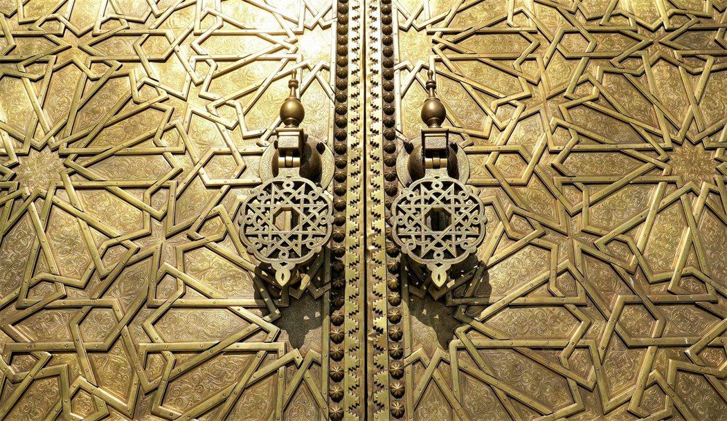 鍍金的青銅門