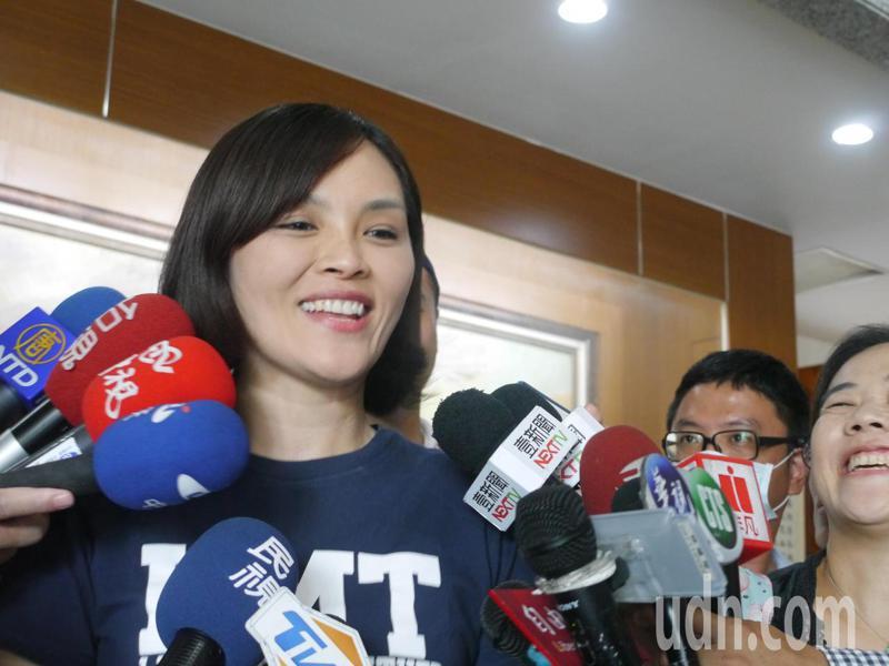 國民黨高雄市長參選人李眉蓁說,今晚6點會正式公布競選團隊名單。記者徐白櫻/攝影