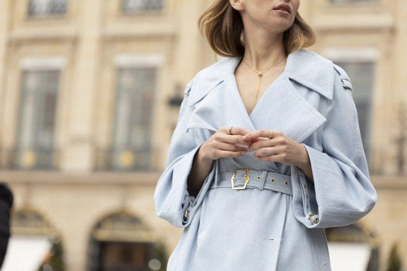 來自花都巴黎的百年珠寶世家寶詩龍(Boucheron),深具古典底蘊,並以Quatre系列珠寶展現當代的時髦魅力。圖 / Boucheron提供。