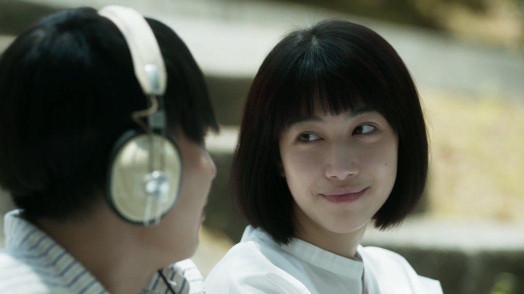 巫建和(左)與于晴為蘇慧倫「戀戀真言」MV再度合作。圖/相信音樂提供