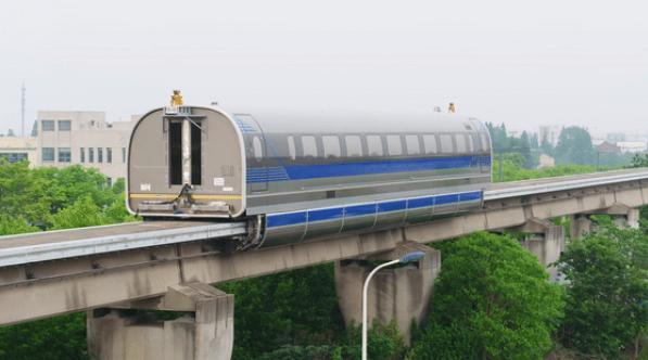 大陸首條時速六百公里的磁浮列車試跑成功,何時商業運行受矚目。圖/取自新浪財經