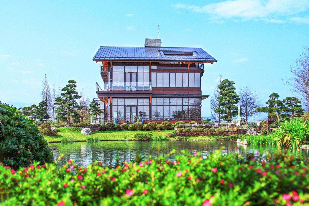 棗稻田食玩農創空間由張清華建築師規劃設計建造,獲LCBA低碳建築聯盟認證,襄括三...