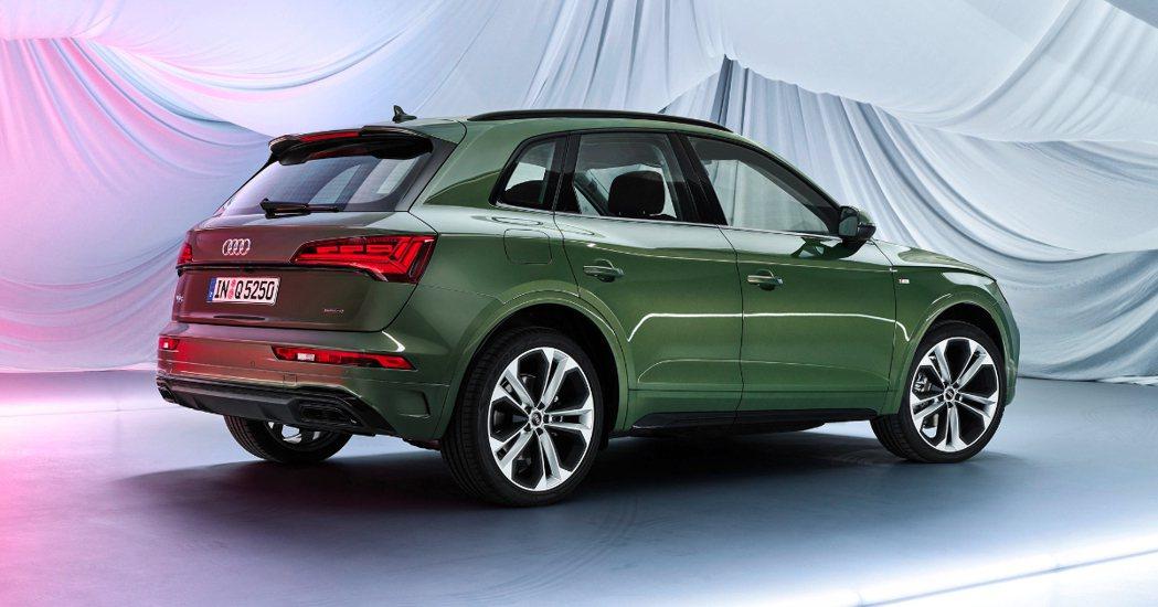 小改款Audi Q5導入了car-to-x互連網技術。 摘自Audi