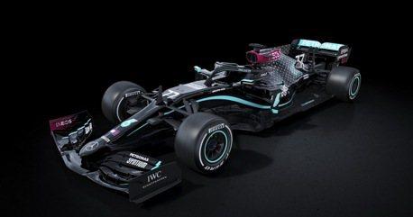 2020賓士F1車隊賽車塗裝發表!顛覆銀箭傳統 以黑色塗裝力挺種族平權