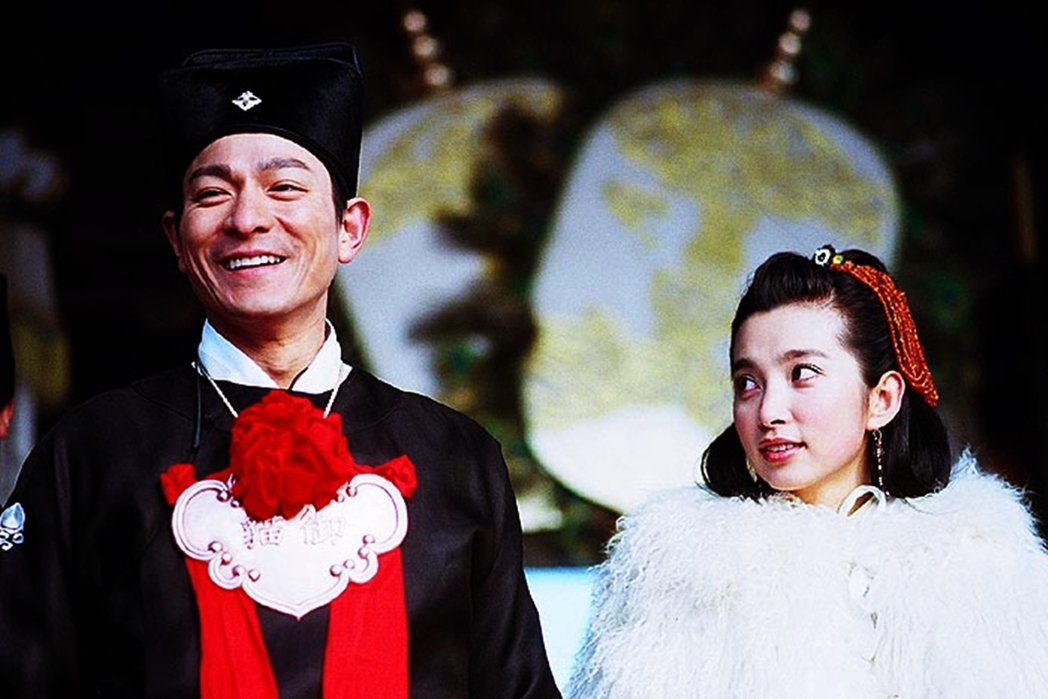 2003年的合拍片《老鼠愛上貓》,為了合拍片需有中國演員的規定,李冰冰(右)還僅...