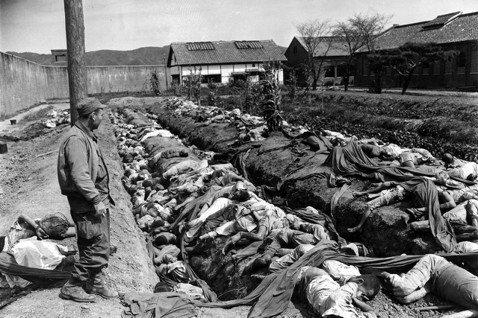 韓戰70年,何不來談國家如何以戰爭、克敵之名,對付自己的人民?圖為1950年9月...