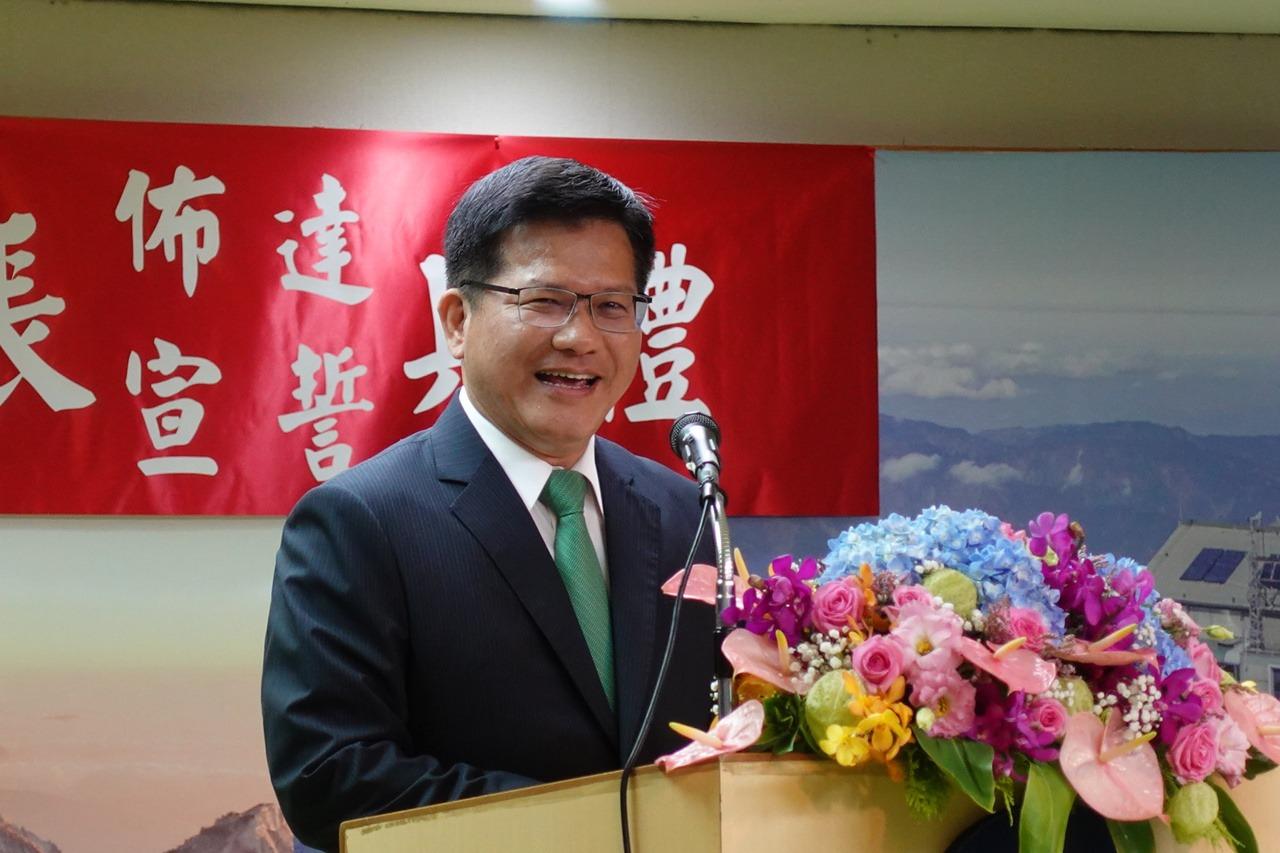 誇鄭明典「網紅局長」 林佳龍:支持氣象局升格氣象署