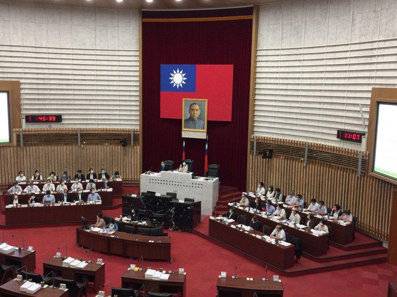 高雄市議會可能7月13日補選議長。圖/本報資料照片
