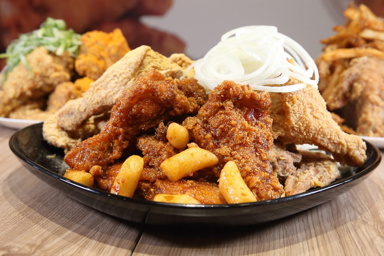 韓國同步新口味! NENE Chicken「蜂蜜蒜脆薯炸雞」登場