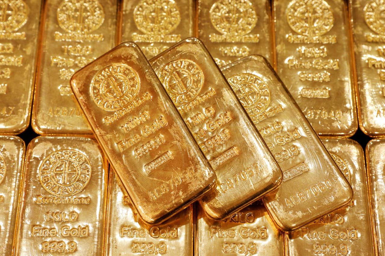 紐約黃金期貨漲破1,800美元大關 八年首見