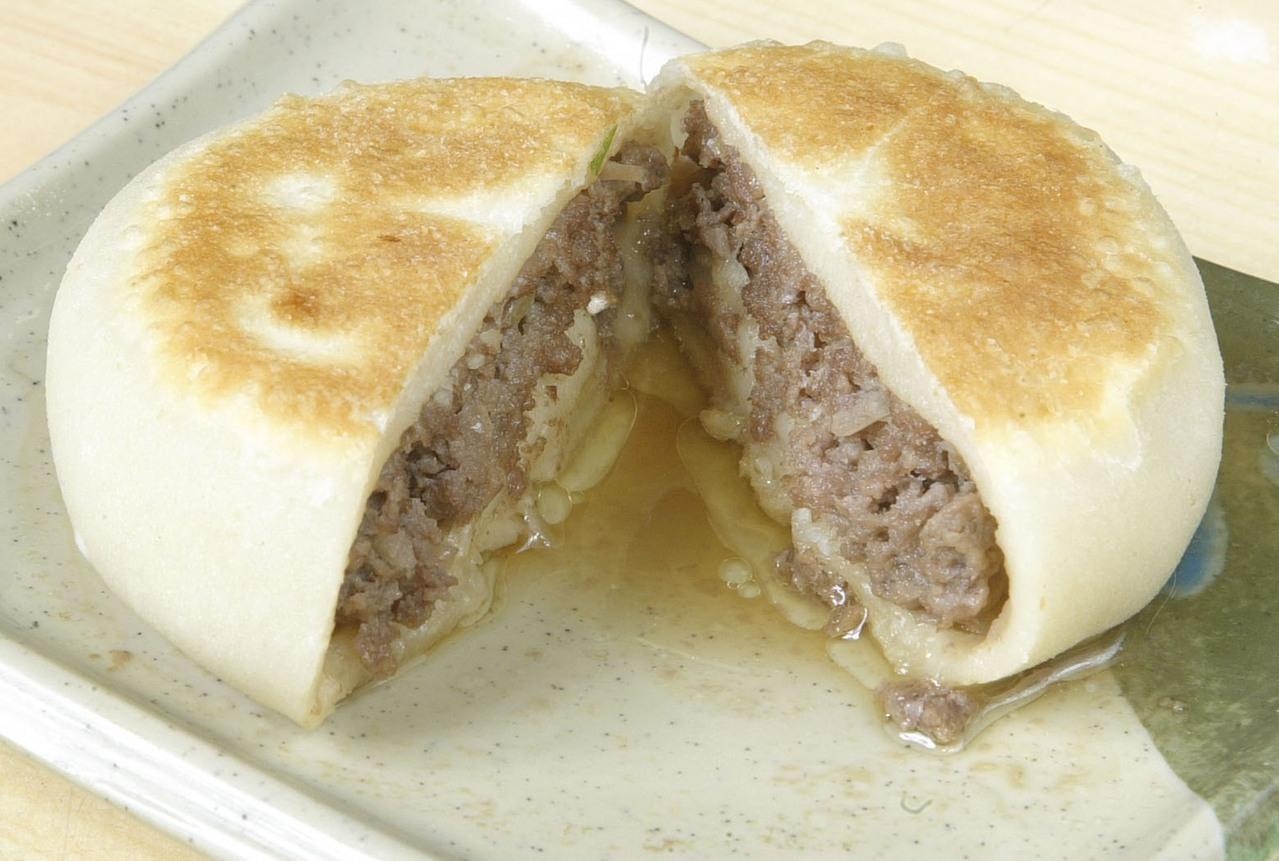 牛肉餡餅。 圖/蘇健忠 攝影
