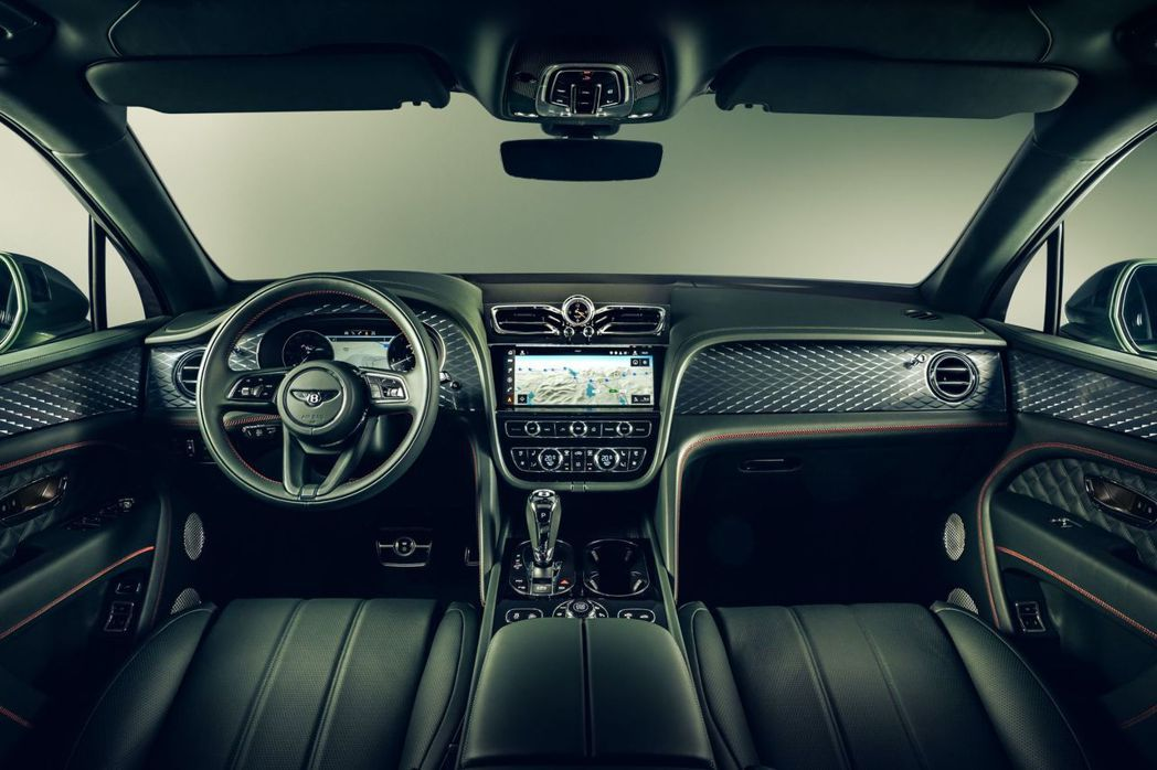 換上新世代內裝介面的Bentayga科技感提升不少。 摘自Bentley