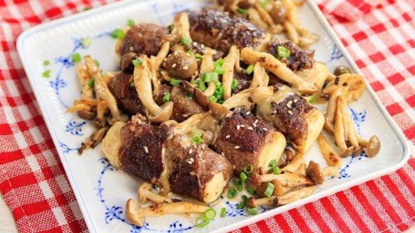 胡麻菇菇肉片捲。 圖/幸福文化提供