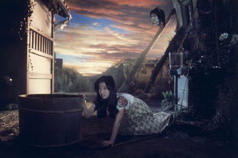 吞噬美少女的鄉間陰宅:大林宣彥《鬼怪屋》的怨念與復仇