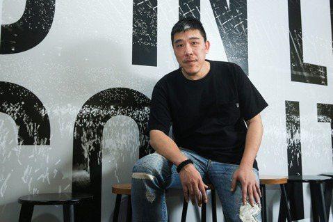 從周佑洋的觀察來看,5G在台灣發展初期之於音樂產業更為顯著的影響,或許是表演之前...
