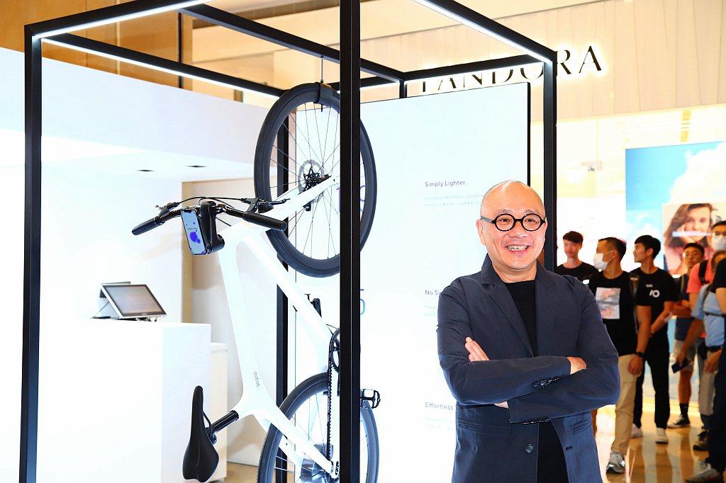 Gogoro創辦人暨執行長陸學森表示:「很高興台北能成為全球第一個開賣的城市,此...