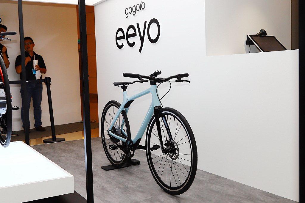 Gogoro Eeyo 1s與Eeyo 1的車架,具備無立管的特殊設計幾何,運用...