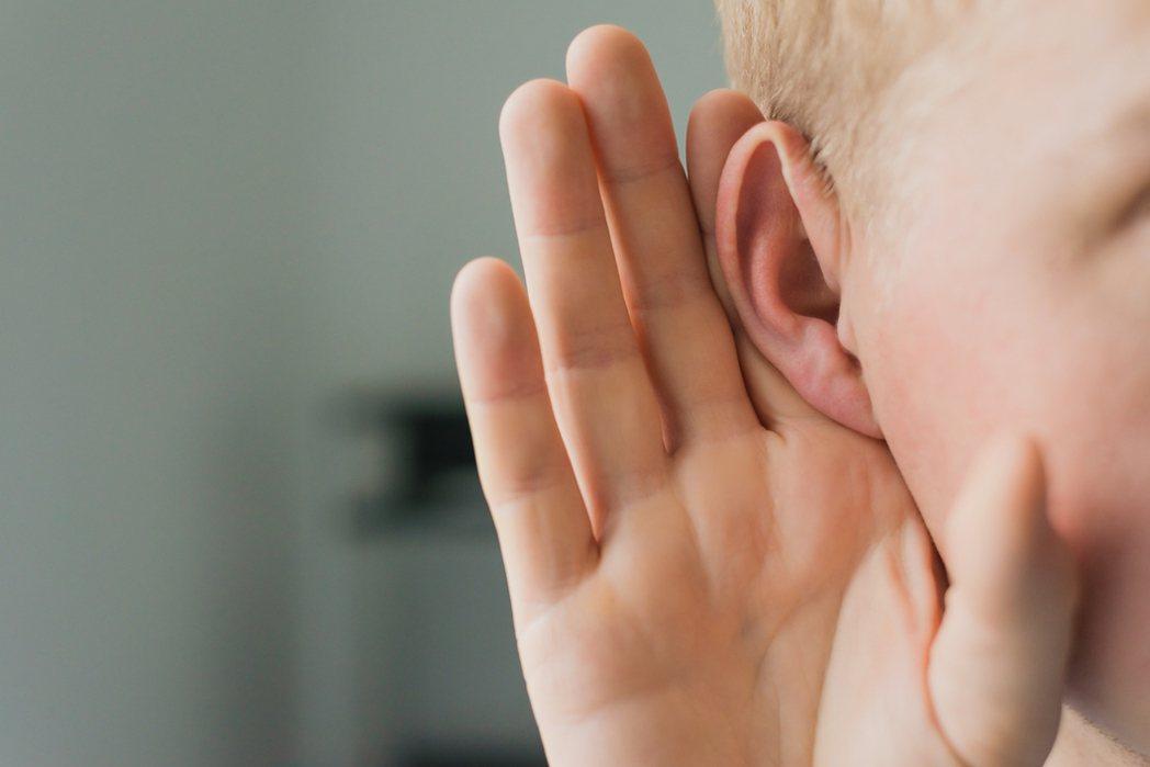 傾聽。示意圖/ingimage