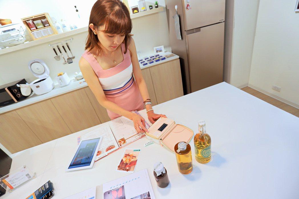 家庭列印方案區另有家用標籤機提供體驗。 彭子豪/攝影