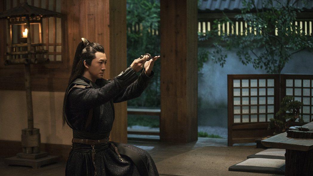 王陽在「慶餘年」飾演范閑的好兄弟滕梓荆。圖/中天娛樂台提供