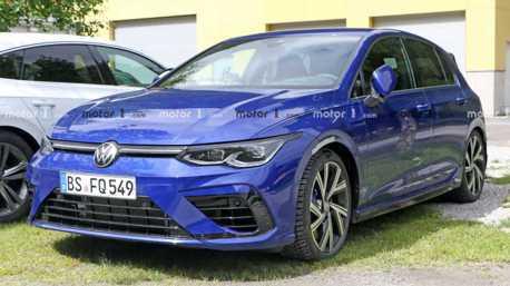 全新Volkswagen Golf R再度出現 無偽裝準備上市!