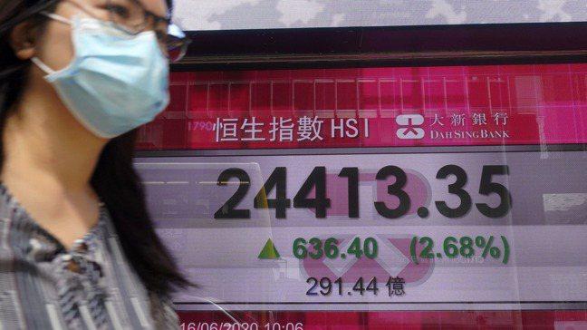 交易員和分析師認為,香港市場將受惠於更多中國企業來港上市、更多內地資金流入。 圖...