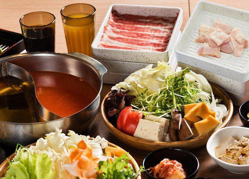 網友好奇「吃到飽餐廳最推哪一間」,貼文引發眾人熱議。圖擷自facebook