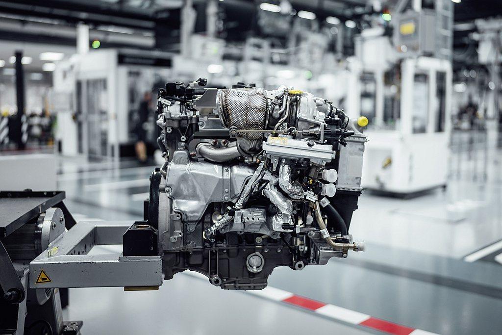 源自F1賽車引擎技術新世代電子渦輪系統,可以滿足小型渦輪反應快、大型渦輪延展性佳...