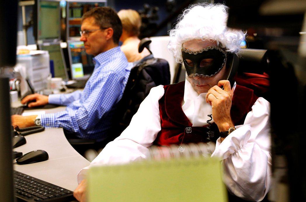 法蘭克福證券交易員。 圖/路透社