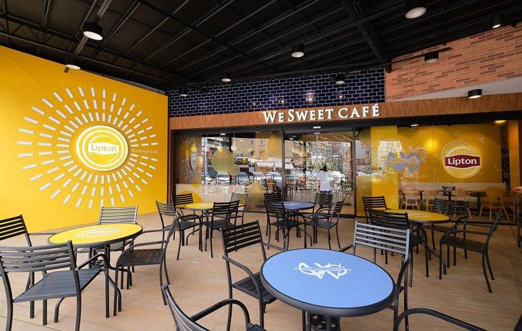 全聯We Sweet Café咖啡廳台北大安延吉店空間約45坪,提供室內、戶外約...