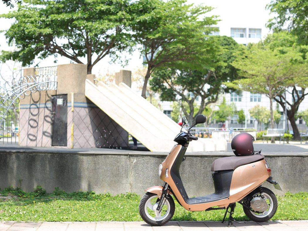 eMOVING電動自行車即可將振興券3000元變成1萬元。中華車提供