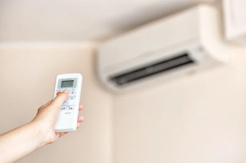 想吹冷氣又不想花太多電費,最好選擇變頻冷氣。圖/Ingimage